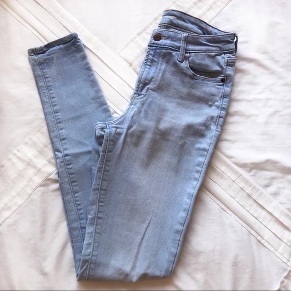 Old Navy Denim - Old Navy Light Wash Jeans